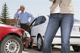 发生交通事故如何处理?