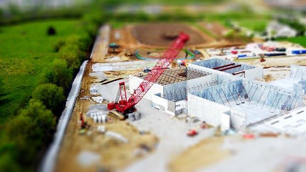 论建设工程合同管理及绩效评估