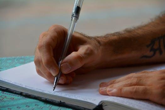 代理人签订股权转让协议的法律效力