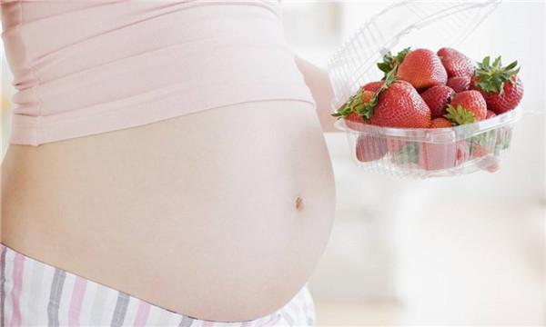 代孕子女抚养权归谁所有