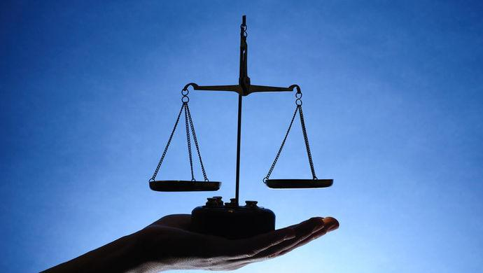 精神病妻子扎伤邻居 法院判决其监护人赔偿损失