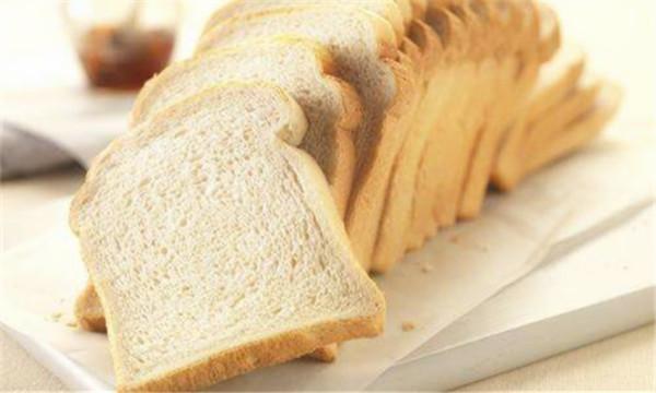 销售超过食品保质期的食物违法吗