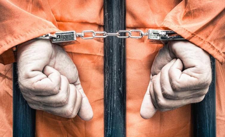 组织、领导、参加黑社会性质组织罪与犯罪集团有什么区别