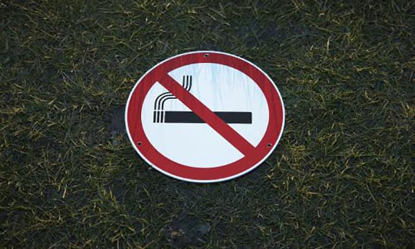 全国首例!售烟给未成年人受到重罚!