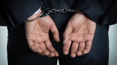 什么情形下抢夺罪转化为抢劫罪