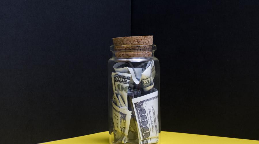 退保金和退保费的区别有哪些