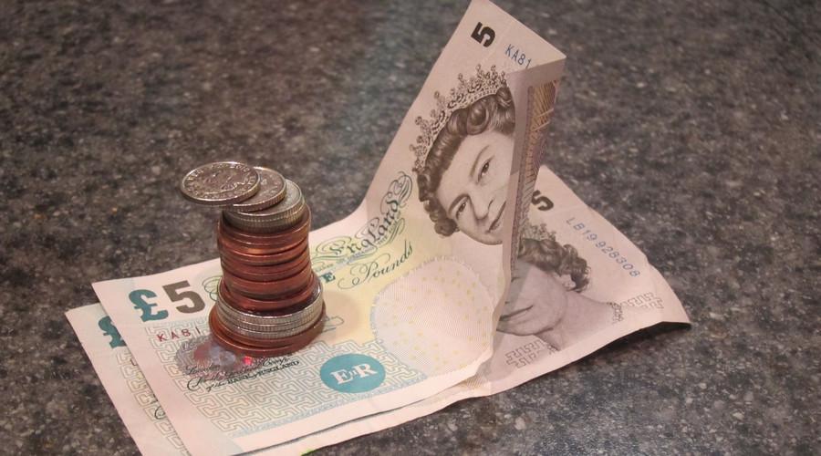 关于直系亲属能起诉欠款纠纷吗