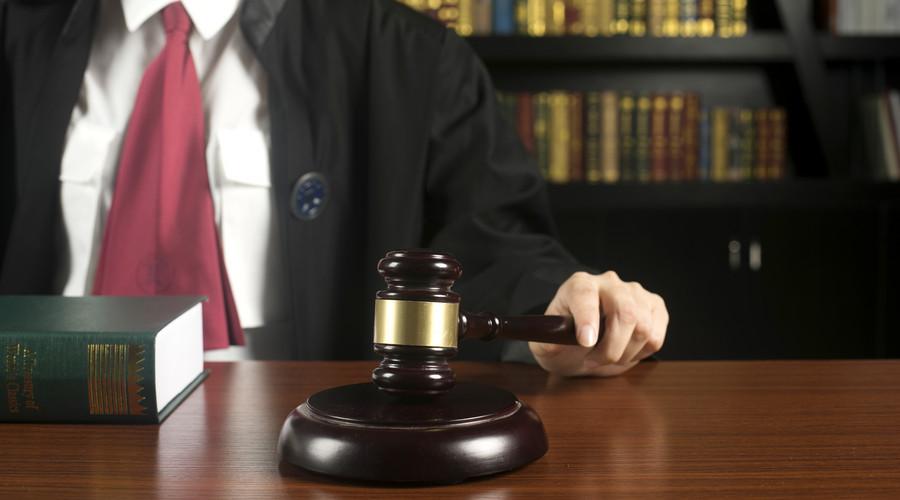 法官临时取消开庭具体情况