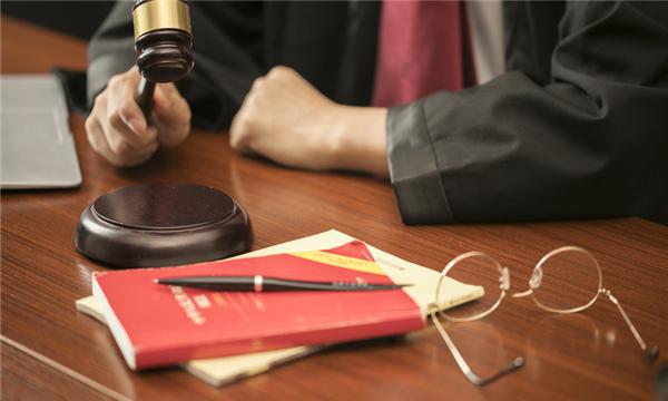 行政许可申请可以通过什么方式提出