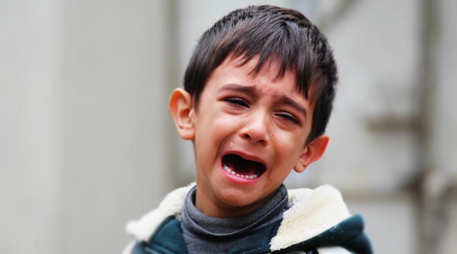 老師牙簽扎幼童,虐待兒童怎么處罰