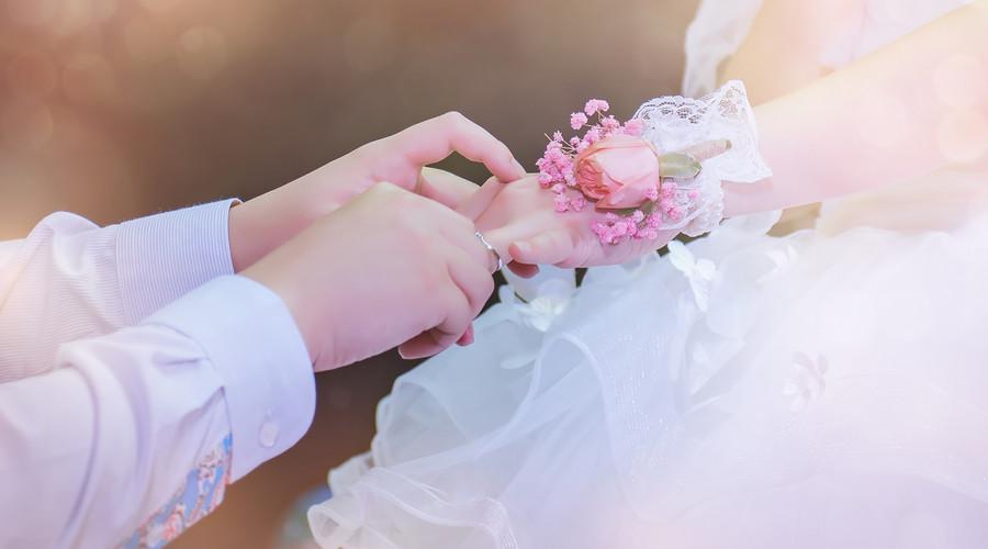 婚后财产公证协议书范本