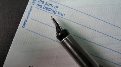 现金支票的日期填写错误的处理