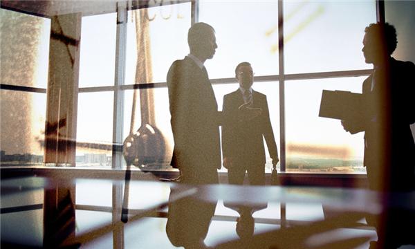 涉外勞動合同如何確定法院管轄