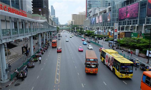 交通事故主动承担全责会有什么后果