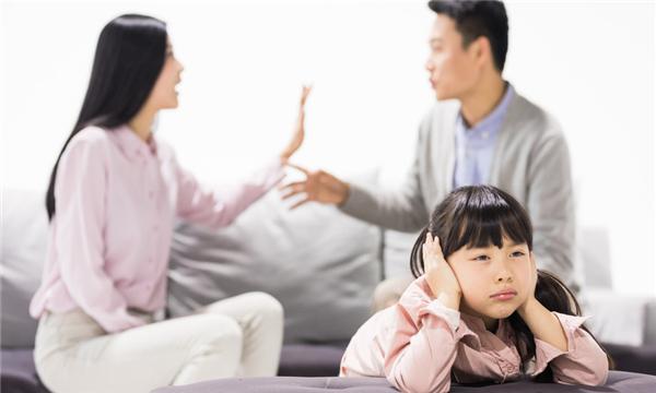 因家暴离婚孩子应该归谁
