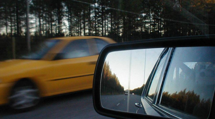 无证驾驶交强险可以拒绝赔偿吗