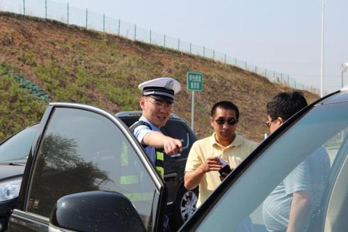 发生交通事故交警一般是怎么调解的?