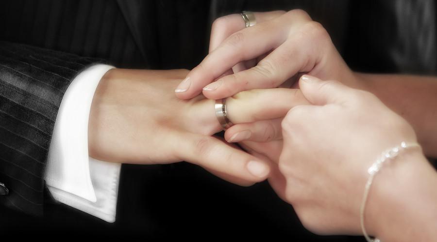 被起诉离婚流程怎么走