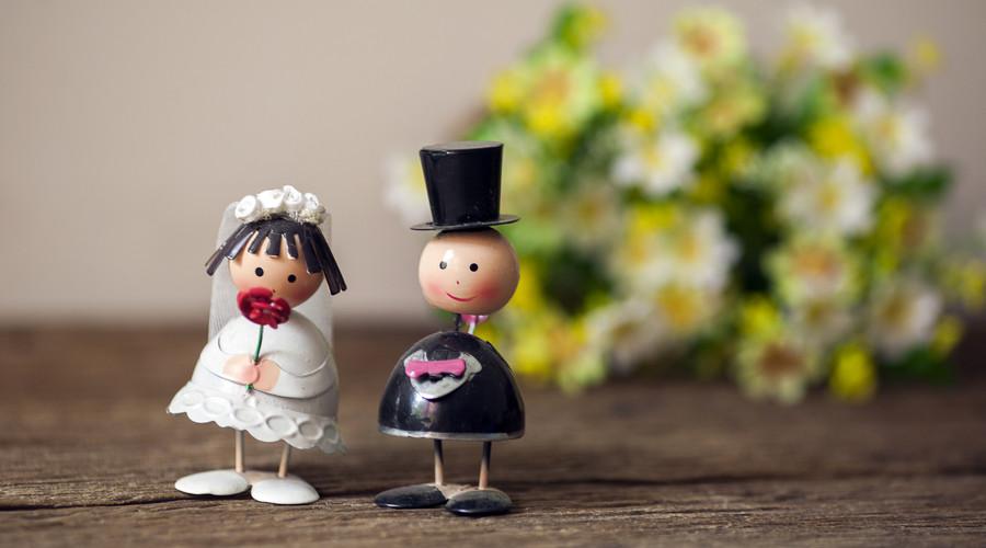 婚外情可以报警取证吗