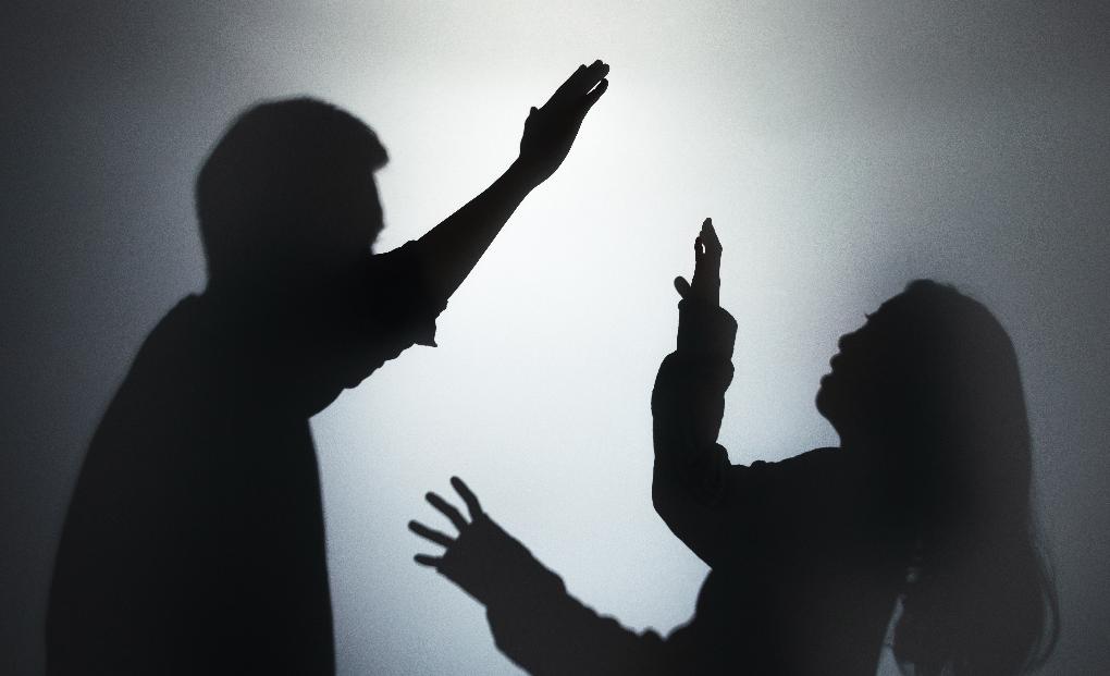 天津女记者被男同事殴打致死,殴打他人致死怎么判刑