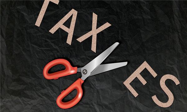 偷税漏税属于经济犯罪行为吗